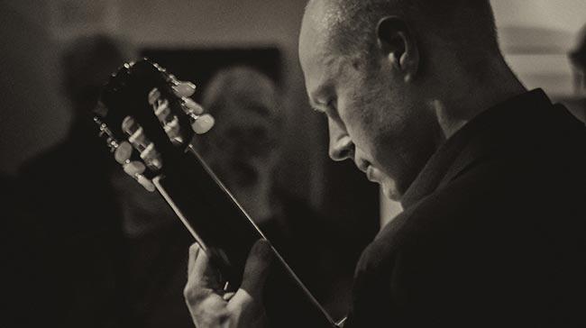 Konzertgitarrist Philipp Niedrich